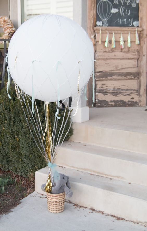 Picture Of cute balloon decor ideas for baby showers  21