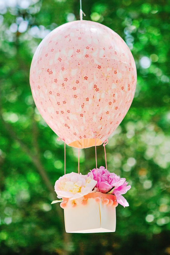 Picture Of cute balloon decor ideas for baby showers  33