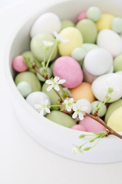 21 Cute Pastel Easter Decor Ideas To Try