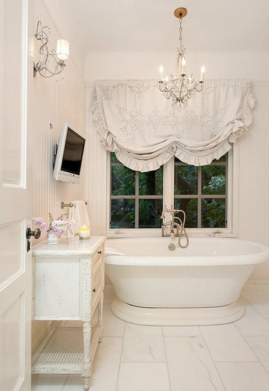28 lovely and inspiring shabby chic bathroom d cor ideas digsdigs Home design ideas shabby chic
