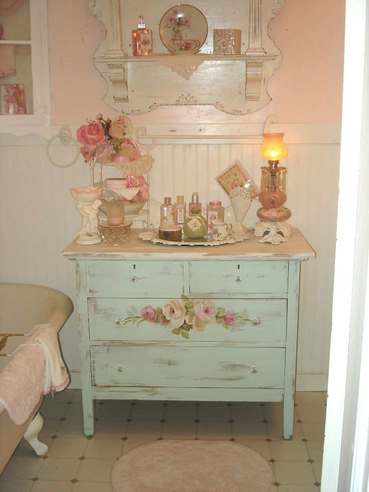28 lovely and inspiring shabby chic bathroom d cor ideas for Ideas for the bathroom