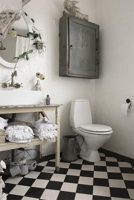 28 lovely and inspiring shabby chic bathroom d cor ideas for Cute bathroom decor ideas