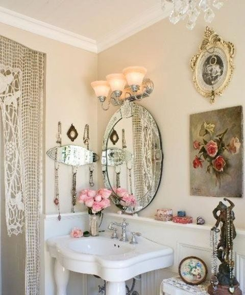 28 lovely and inspiring shabby chic bathroom d cor ideas for Small romantic bathroom ideas