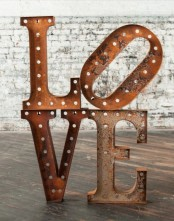 cute-valentines-day-marquee-ideas-for-your-home-19