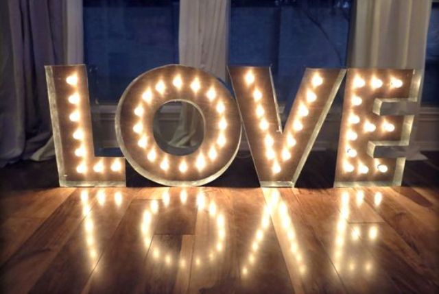 Picture Of cute valentines day marquee ideas for your home  3