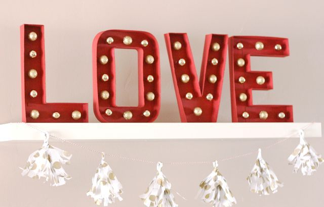 Picture Of cute valentines day marquee ideas for your home  5
