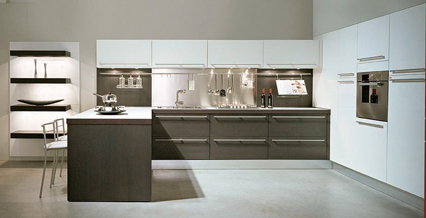 Combining Light And Dark Kitchen Cabinets