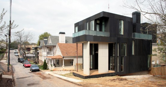 Dark Single Family House On A Very Small Inner City Lot