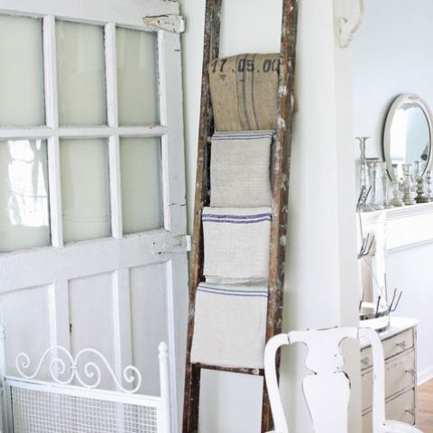 Decor Ideas With Ladders