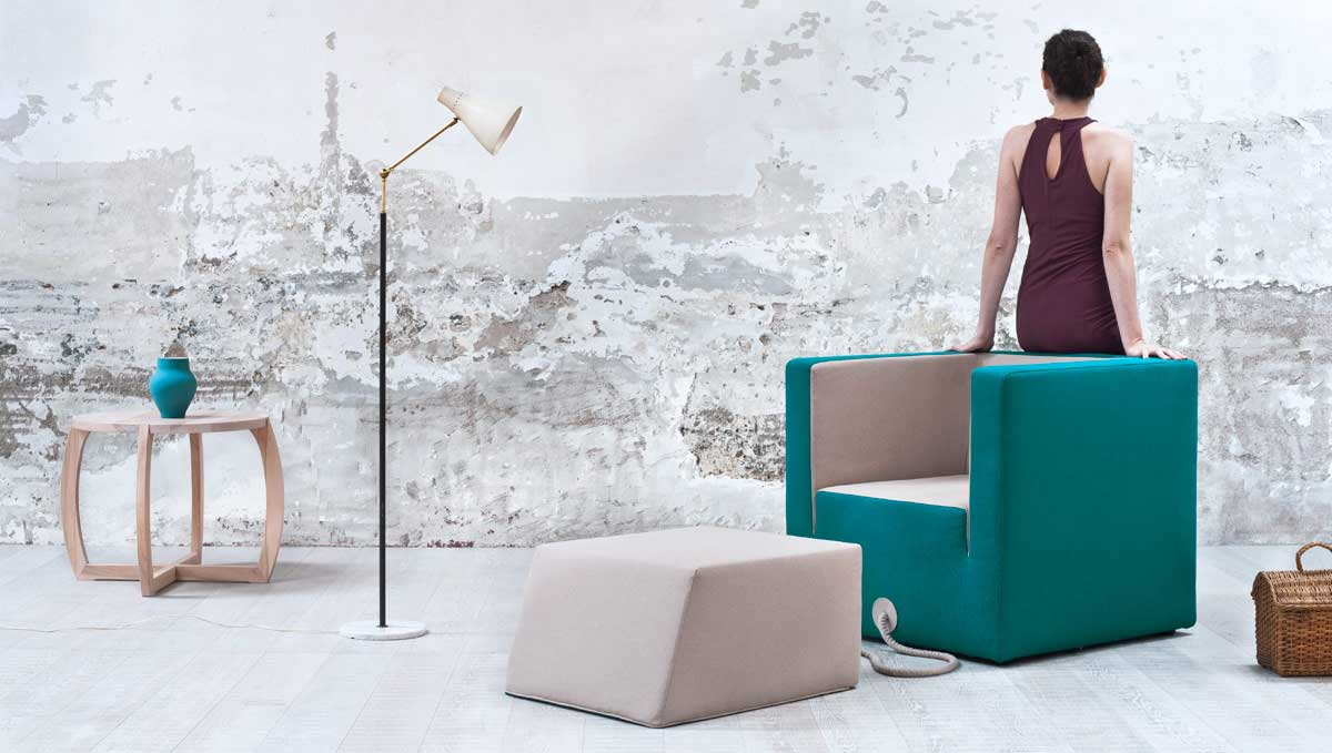 Decube Armchair Tied To Its Footrest By A Rope