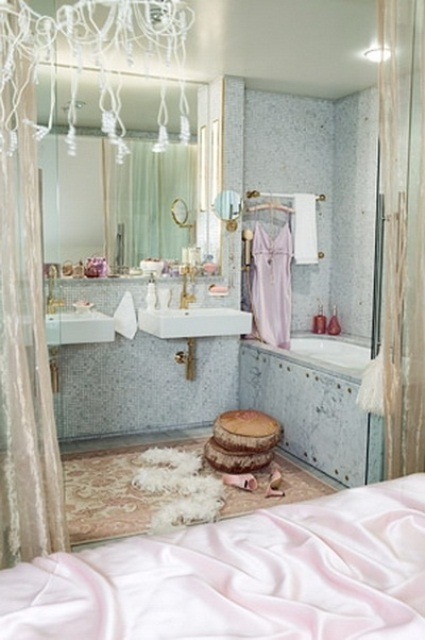 70 delicate feminine bathroom design ideas digsdigs for Girly bathroom decor