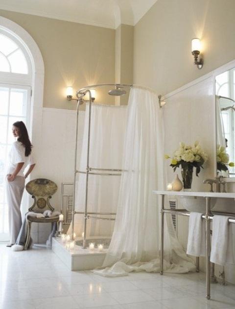 Superbe Delicate Feminine Bathrooms
