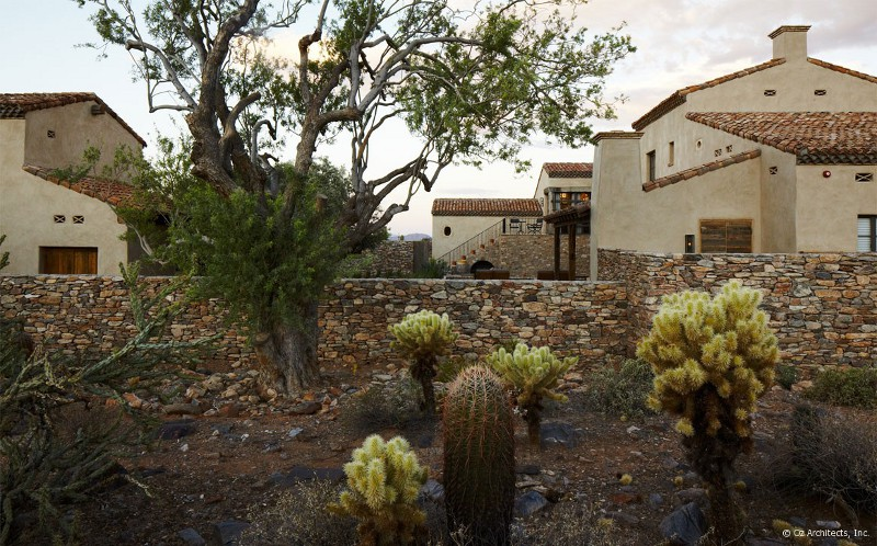 Desert Farmhouse With Warm Traditional And Rustic