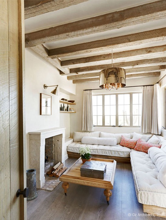 Desert farmhouse with warm traditional and rustic for Farmhouse sunroom ideas