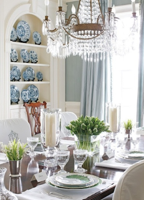 30 dining room decor ideas inspired by spring itself for Dining room centerpieces