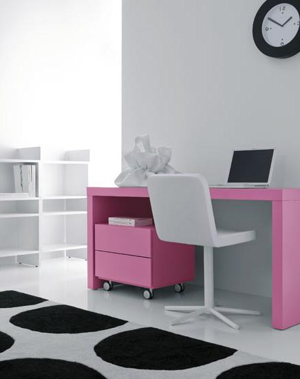 Domino Small Desk