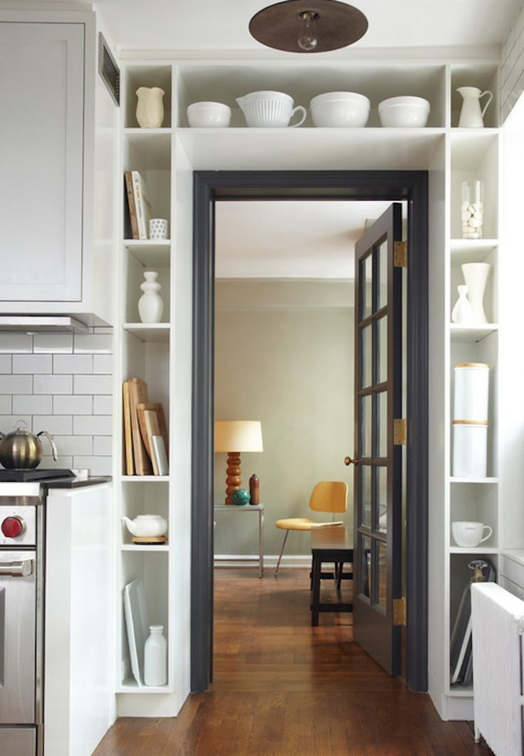 Doorway wall storage solution for small spaces 9 digsdigs for Tiny apartment kitchen solutions