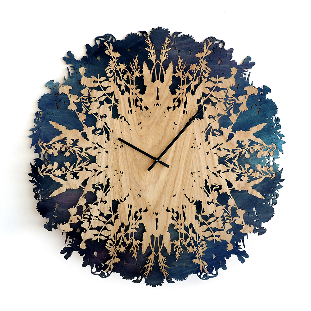 Dramatic And Eye-Catching Botanical-Inspired Clock