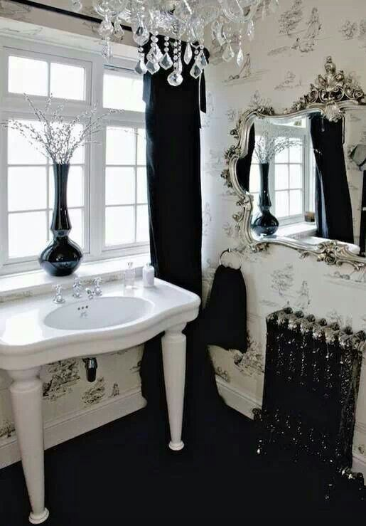 New Dramatic Gothic Bathroom Design Ideas