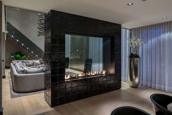 Dramatic Rotterdam Villa Design In Dark Shades