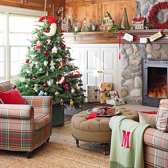 Living Room Christmas Decorations : 55 Dreamy Christmas Living Room Décor Ideas  DigsDigs