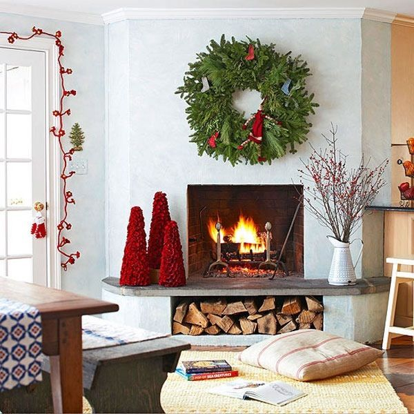 55 dreamy christmas living room d cor ideas digsdigs for Simple home decor for christmas