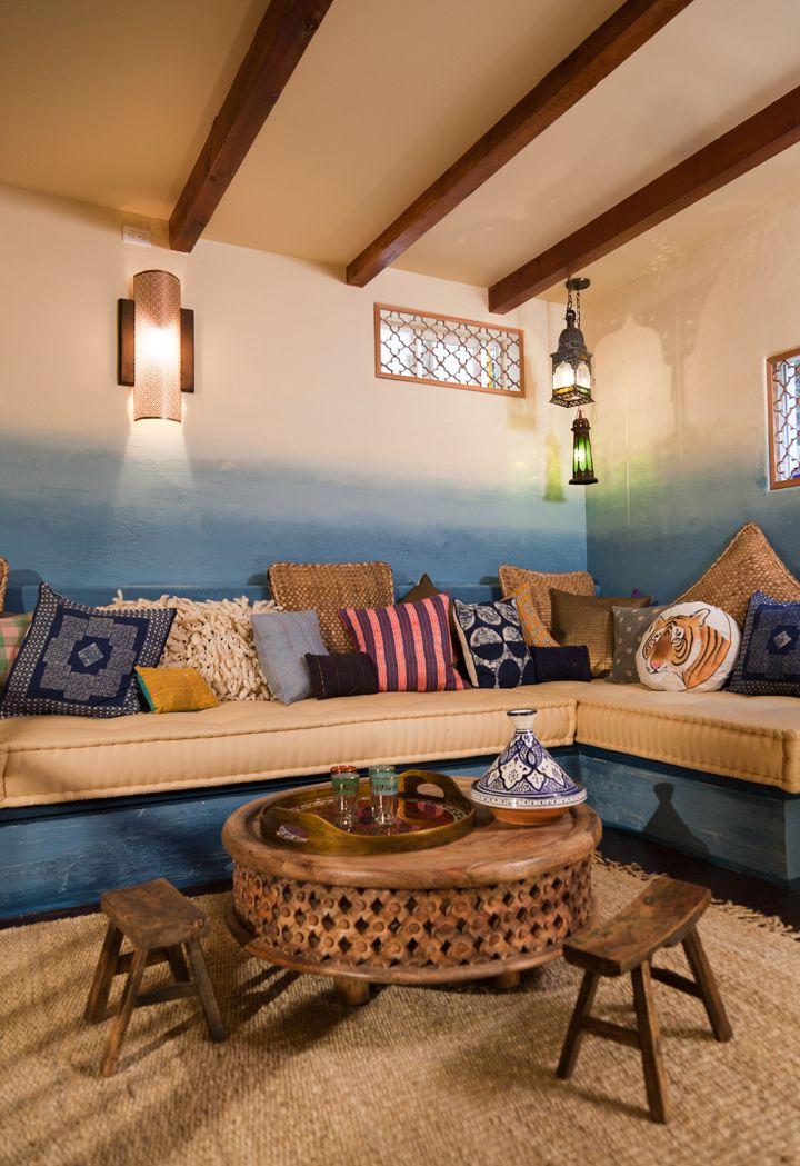 27 Dreamy Ombre Wall Décor Ideas | DigsDigs