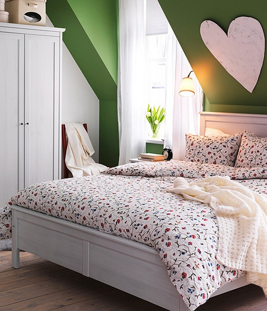Bed Decorations: 26 Dreamy Spring Bedroom Décor Ideas