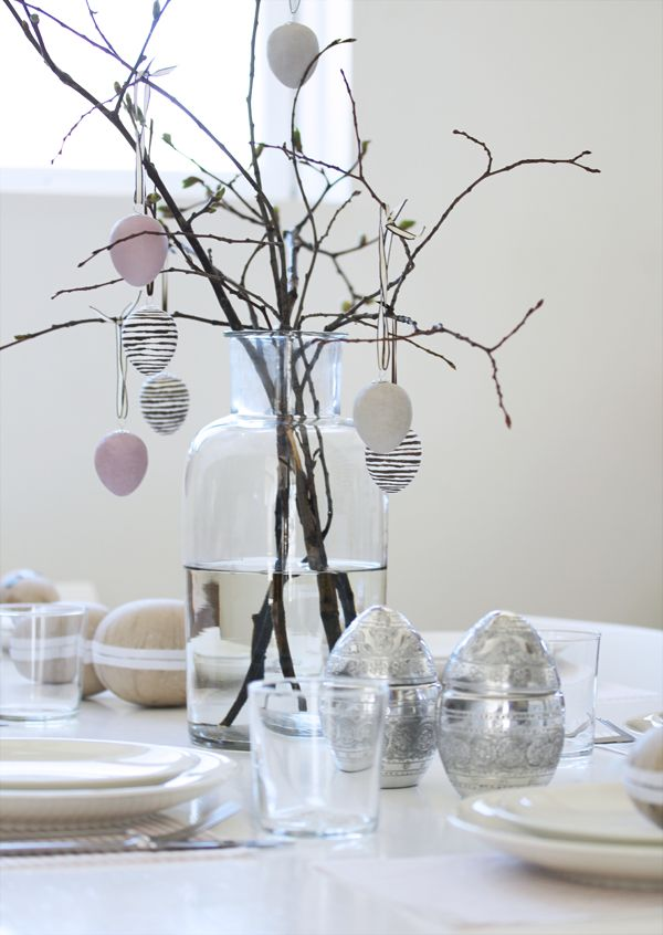 This entry is part of 15 in the series Amazing Easter Decor Ideas For ...
