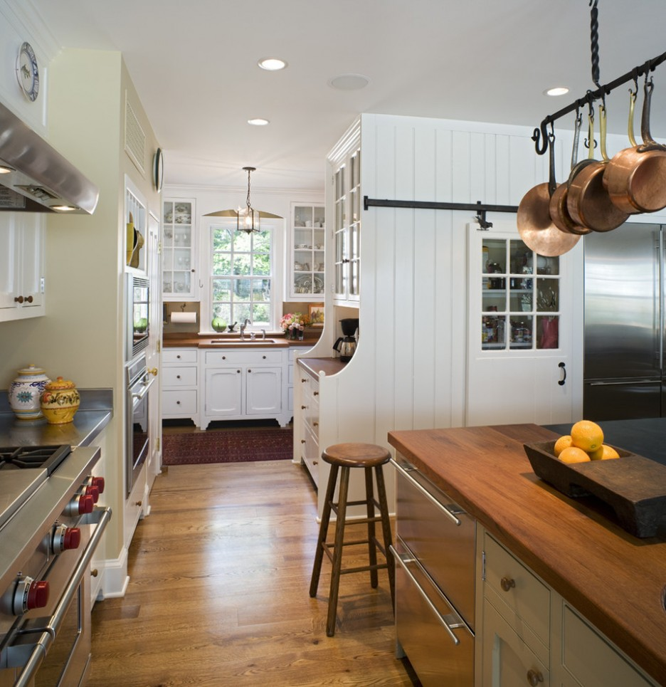 Picture Of easy tips for creating a farmhouse kitchen  12