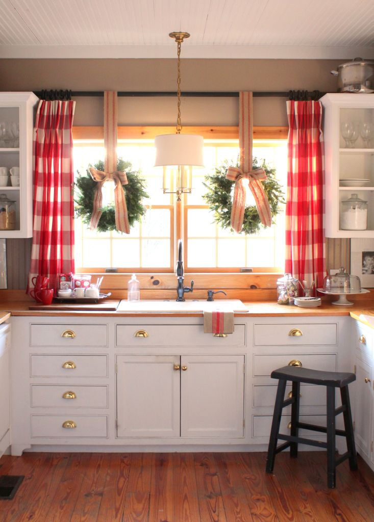 Picture Of easy tips for creating a farmhouse kitchen  20