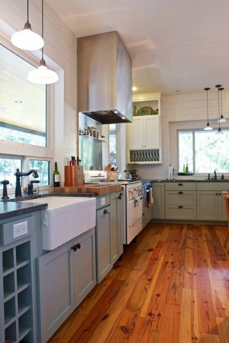 Picture Of easy tips for creating a farmhouse kitchen  3