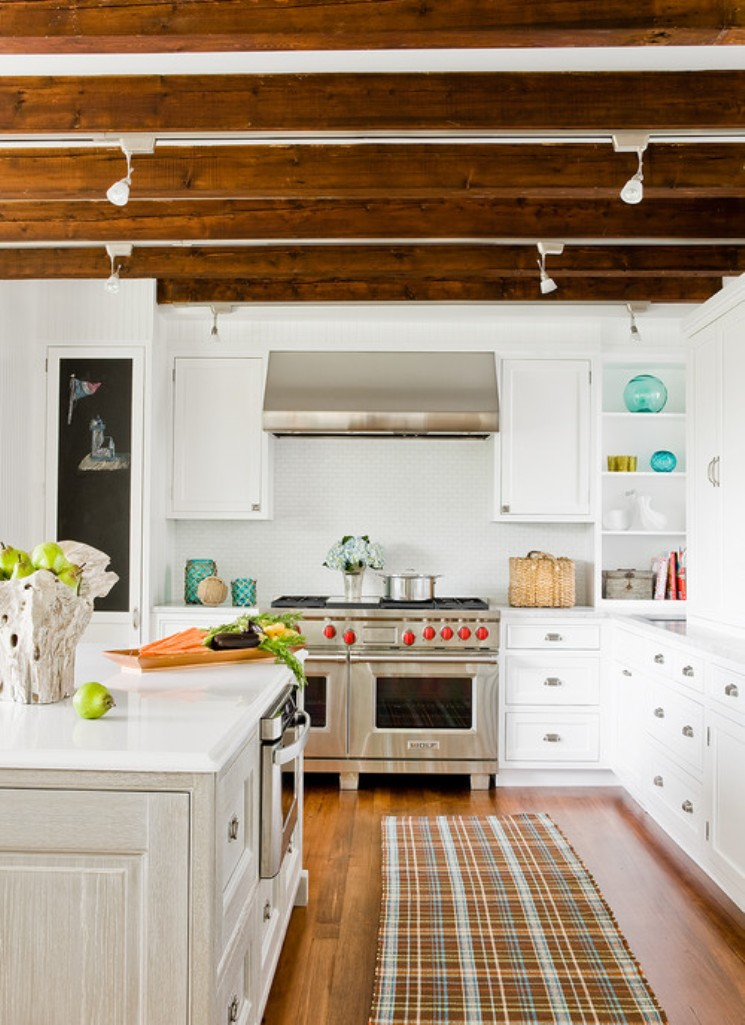 Picture Of easy tips for creating a farmhouse kitchen  4