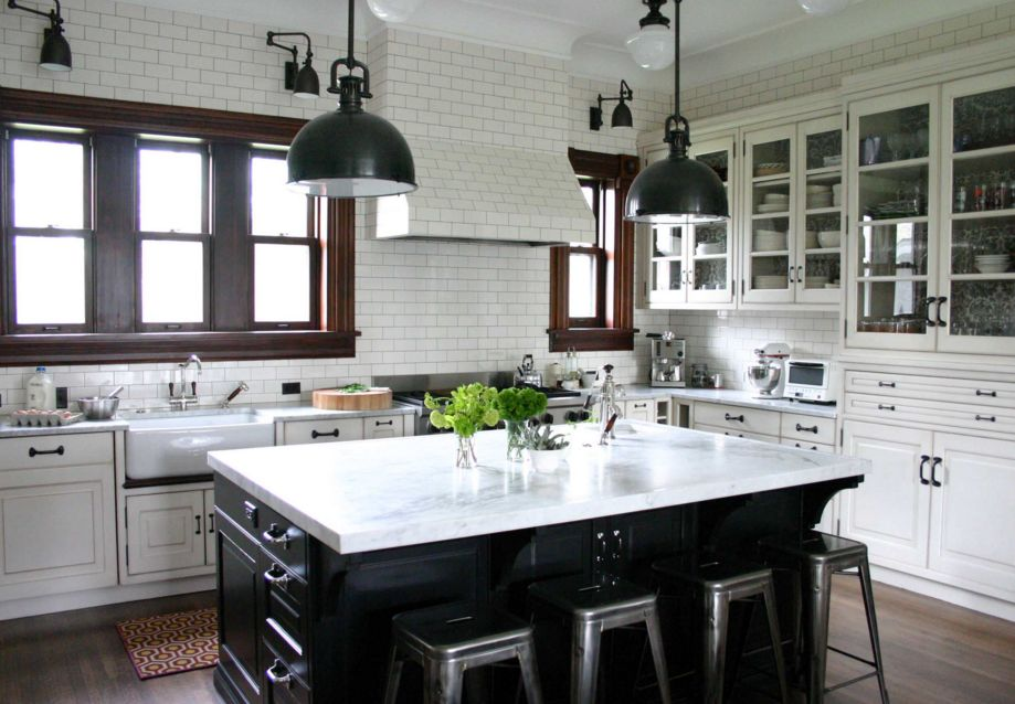 Picture Of easy tips for creating a farmhouse kitchen  5