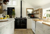 easy-tips-for-creating-a-farmhouse-kitchen-6