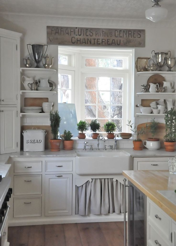 Picture Of easy tips for creating a farmhouse kitchen  7