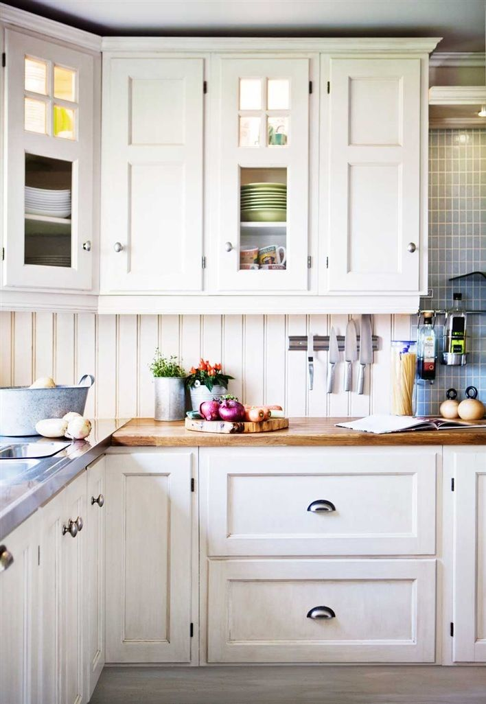 Picture Of easy tips for creating a farmhouse kitchen  9