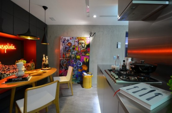Eccentric Live In Kitchen Design With Eclectic Details
