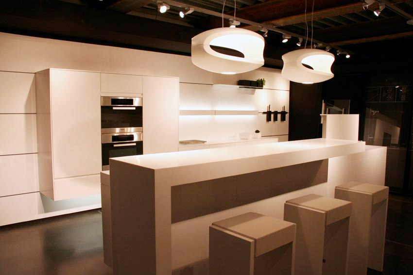 Futuristic kitchen design by eggersmann digsdigs for Unique modern kitchen designs