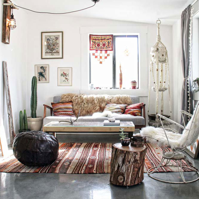 Open curtains red curtains with open angle - Elegant And Stylish Boho Inspired Desert House