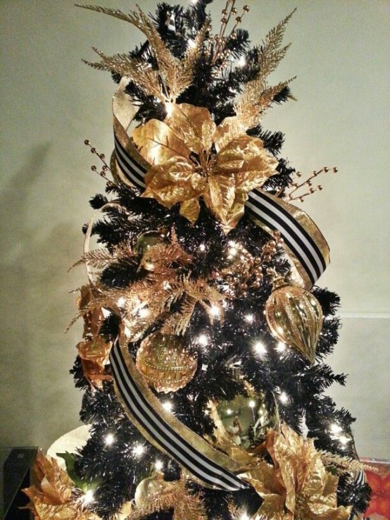 36 super elegant black and gold christmas d cor ideas Brown and gold christmas tree