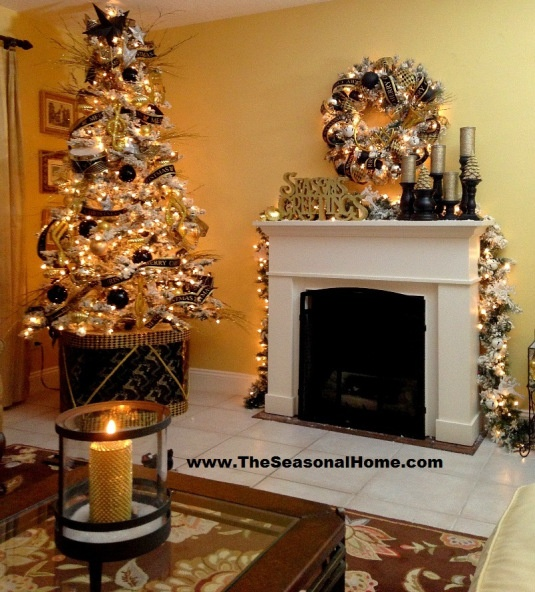 Black And White Christmas Decoration Ideas: 36 Super Elegant Black And Gold Christmas Décor Ideas