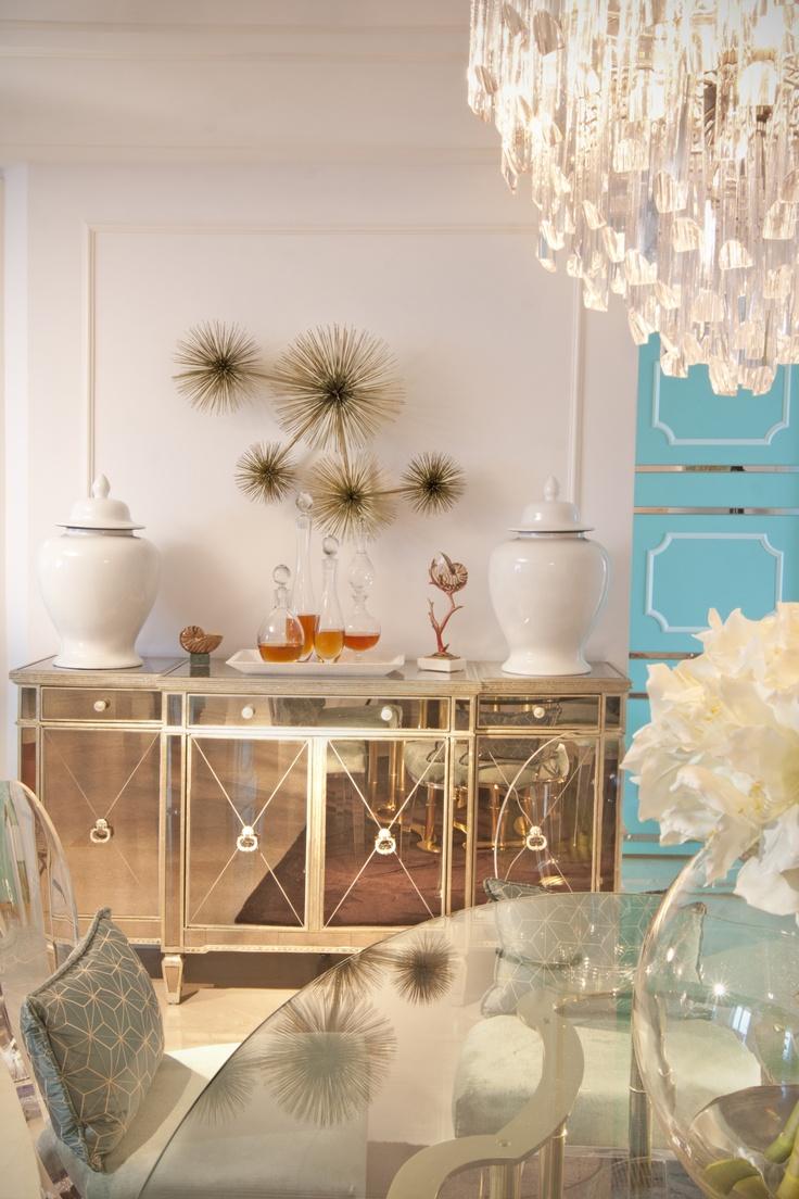 Elegant Feminine Dining Rooms