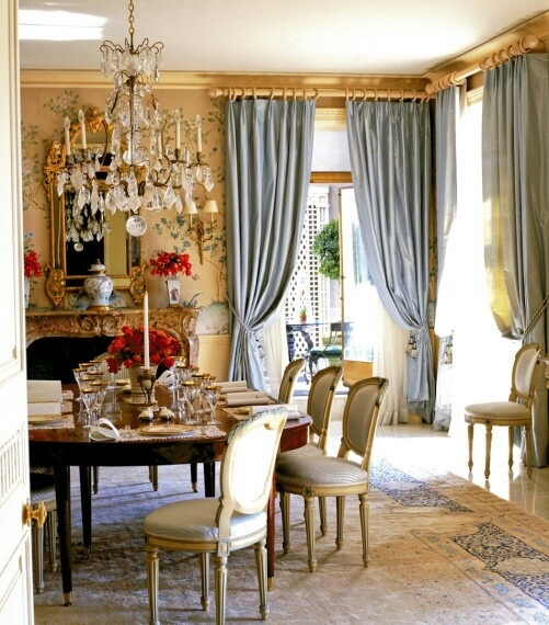 44 elegant feminine dining room design ideas digsdigs for Dining room curtain ideas
