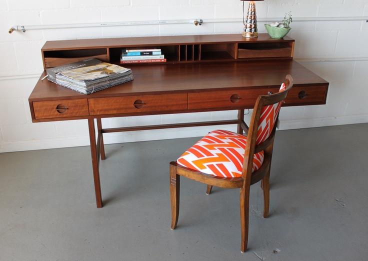 36 Elegant Mid Century Desks To Get Inspired