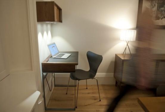 Elegant Modern Desk With A Vintage Touch