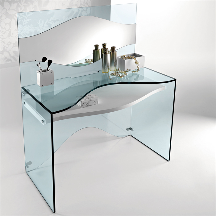 Elegant Transparent Glass Desk Strata By Tonelli Digsdigs