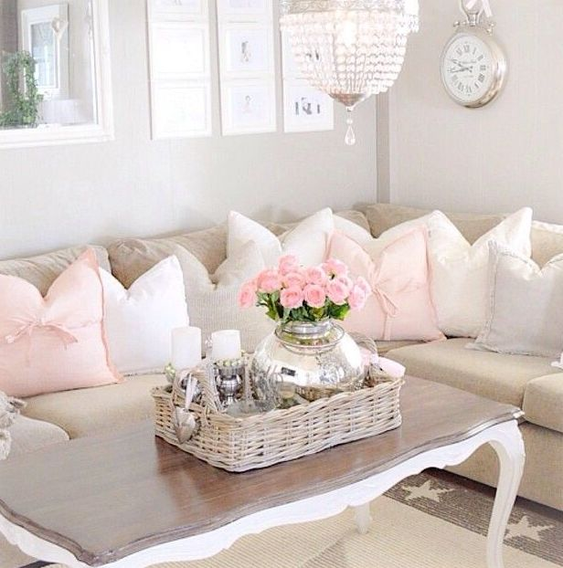 37 enchanted shabby chic living room designs digsdigs for Photo shabby chic