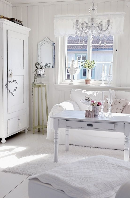 Picture of enchanted shabby chic living room designs for Chambre champetre