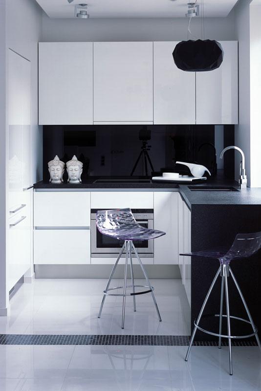 Contemporary Black & White Interior Design for a Girl